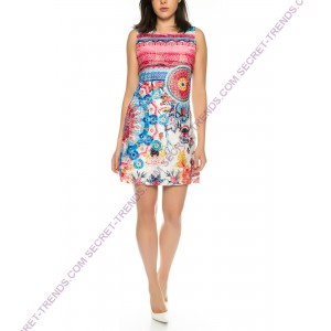 Beautiful lace dress with floral pattern with straps of 101 Idees H169