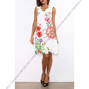 101 Idees Lace dress with floral dekolleté * Green Trinity A1145