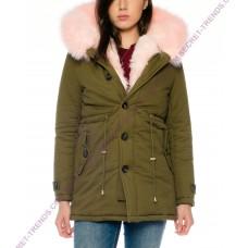 Ladies jacket parka with pink fur hood